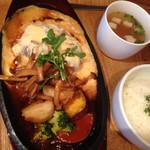 kawara CAFE&DINING + plus - ハンバーグランチ