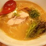 麺屋 翔 本店 - 鶏白湯らーめん  790円