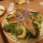 エフジェイハウス - アボカドと刺身のサラダ