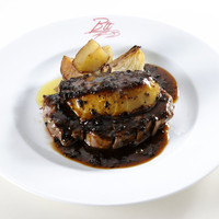 燕三条イタリアン Bit - 6000円2時間飲み放題付コース(2017年6月〜8月)メイン料理 ヒレ肉とフランス産フォアグラのロッシーニ