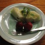 蛍屋 - 水菓子(瓜とアメリカンチェリー)