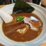 42813474 - 豚骨魚介らぅ麺〔平打麺〕730円
