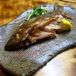 里の茶屋 - イワナ燻製
