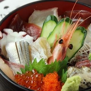 ランチ限定!海鮮丼