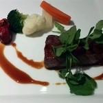 アルモニーアッシュ - アルモニー契約牧場から仕入れた国産牛ステーキ シェフのお勧めソース+800円  めっちやお肉 美味しいです。(*^O^*)