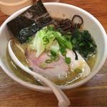 麺や 福一 - 平日昼限定の鶏豚骨