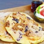 Micasadeco&Cafe - グラノーラパンケーキ フルーツ添え