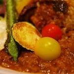 たまな食堂 Natural-shift Kitchen - たまなカレー 5種のお野菜の素揚げアップ