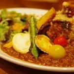 たまな食堂 Natural-shift Kitchen - たまなカレー 5種のお野菜の素揚げ