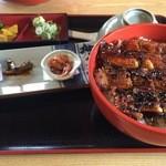 魚勝 - ひつまぶし2381円