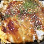 鉄板料理 こぱん亭 - お好み焼き(肉玉そば)680円