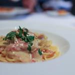 トラットリア トペ - チーズをたっぷり使ったカルボナーラ スパゲティ☆