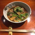 酒菜家 米人 - お揚げと菜っぱの炊いたの...甘辛く、しっかりとした出汁が効いてるよ