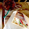 BONDI COFFEE SANDWICHES - 料理写真:シーザーチキンサンドイッチ