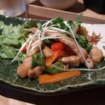 オサンポ - 茄子と豚の色彩り辛味炒め(茄子抜き)