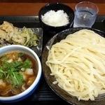 竹國 武蔵野うどん - 肉汁うどん中盛(650円)と食べ放題(200円)