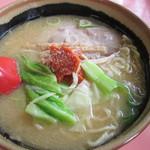龍上海 - 料理写真:からみそラーメン750円。