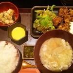 麹蔵 - チキン南蛮タルタル定食+豚汁