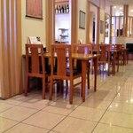 海鮮茶屋 一鮮 - 店内 テーブル席 ①