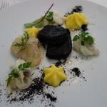 42875410 - 前菜1:地蛤とアオリイカを茴香のムースリーヌで和えて