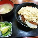 みかわ屋食堂 - 料理写真:カツ丼(税込700円)