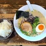 麺屋黒田 - ライス無料です♪