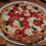 PIZZA SALVATORE CUOMO - D.O.C-ドックMサイズ2646円