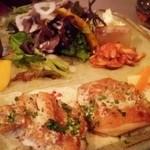 ラ・ターブル・ドゥ・イズミ - 「肉料理のプレート(若鶏のソテー)」¥1,650(税込)