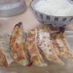 ラーメン食堂 神豚 - 餃子 2015.10.10