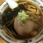 ラーメン浜っ子 - 料理写真:醤油ラーメン、650円です。