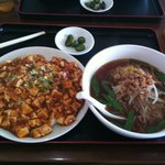 本格台湾料理 紅四季 - 麻婆飯+台湾ラーメン