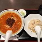龍驤 - 担々麺とザーサイ半チャーハンセット700円