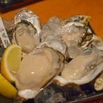 牡蠣と日本酒 四喜 - 北海道・仙鳳趾(せんぽうし)