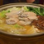 牡蠣と日本酒 四喜 - 絶品!牡蠣鍋