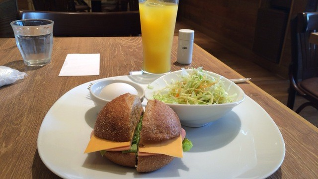 パールズ - ハムチーズハンバーガー