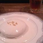 セルブロック - マカダミアナッツソースパンケーキ