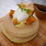 嵯峨野湯 - 季節のパンケーキ(カボチャ)