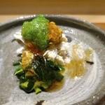 上海蟹と渡り蟹、毛蟹の和え物 上海蟹味噌とオクラのソース