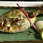42898880 - 焼き魚。甘くてすごくおいしい。