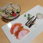 まるはダイニング - サラダと前菜(まるはコース)