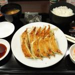 42901366 - ☆餃子定食☆
