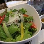 薫キッチン - ランチサラダ(2人前)は、たっぷり4人分くらい