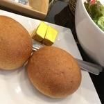 薫キッチン - 熱々パンは全粒粉の薫り
