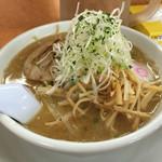 しゅんか食堂 - 料理写真:味噌中華