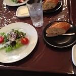 ヴィサージュ - ランチのサラダ