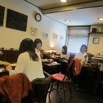 高品質珈琲と名曲 私の隠れ家 - テーブル席