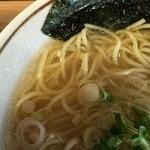 麺や マルショウ 塚口店 - 塩中華そば(700円)スープ