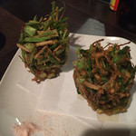 ヒシモ - パクチーの根っこのかき揚げ
