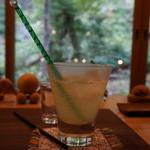 小鳥のcafe クインス - はちみつレモン 350円