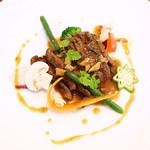 ビストロ・エピ - 料理写真:香ばしく炙った牛肉の網焼き(・ω・)